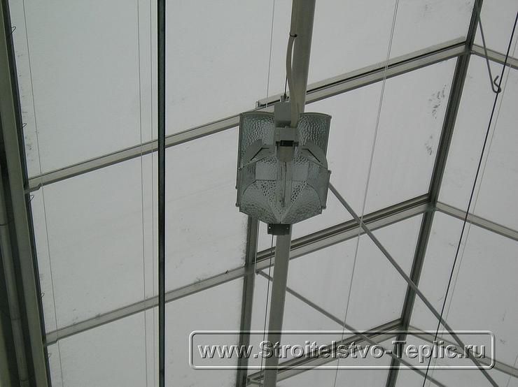 0045 Монтаж системы электродоствечивания в промышленной теплице