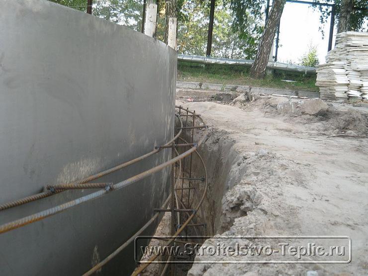 0056 Монтаж буферной емкости промышленной теплицы