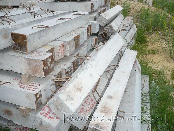 10 По желанию заказчика столбики для фундаментов заказанны на местном ЖБИ