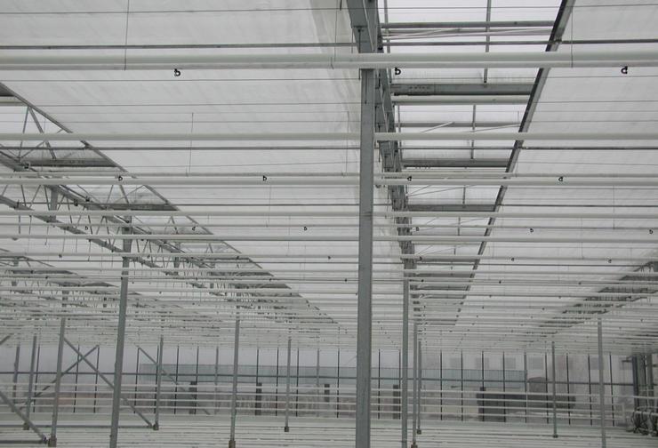 Система зашторивания для промышленной теплицы